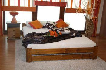 2a49c0cb4117 Manželská postel Euro má rozměry 180 x 200 cm. Je vyrobena z borovicového  dřeva zaručující pevnost a stabilitu.