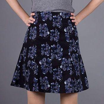 Dámské sukně Armani Jeans • Zboží.cz e90c533e83