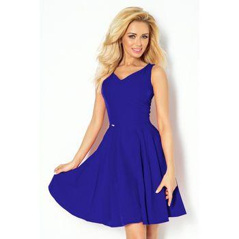 5e3affcda610 Luxusní dámské společenské šaty bez rukávu s hezkým řešením ramínek a  výstřihu. Velice elegantní model v módním střihu