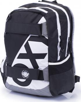 d8317cb642 Studentský a zároveň sportovní batoh Oxy Sport má ergonomicky tvarovaný  zádový systém Soft. Skládá se ze 2 prostorných kapes a 1 kapsy na drobnosti  ...