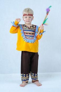"""841de4a6368d Dětský karnevalový kostým Indián br  Karneval neboli masopust (v původním  slova smyslu """"opuštění masa (slovo karneval pochází nejspíš z italského  carne ..."""