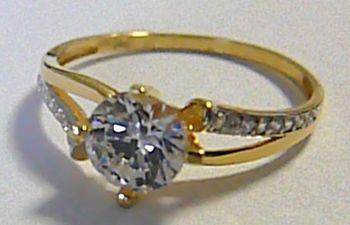 Zásnubní mohutný zlatý prsten s velkým zirkonem 585 1 fecc5cea409